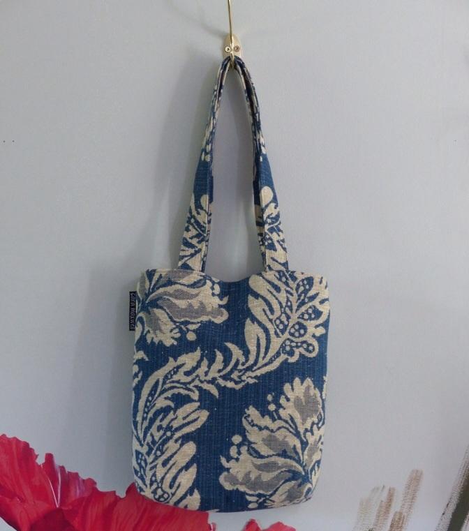 blue linen purse